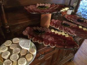 Charcuteries & Fromages